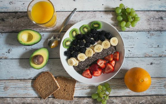 Ποιές τροφές συμβάλουν στην πρόληψη του εγκεφαλικού επεισοδίου και γιατί