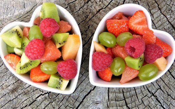 Τα φρούτα μειώνουν τον καρδιαγγειακό κίνδυνο