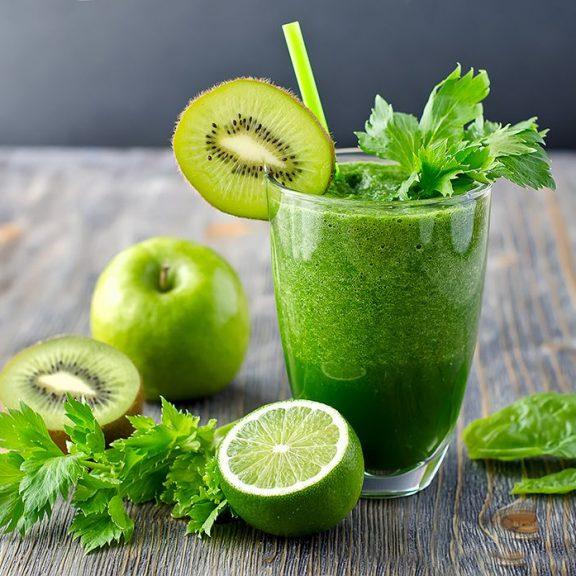 Smoothie με ακτινίδιο και πράσινο μήλο