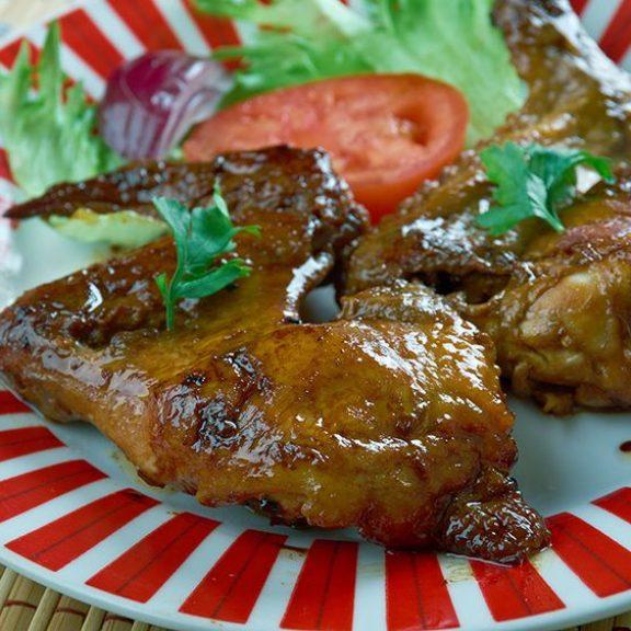 Φτερούγες ψητές – πατάτες κοφτές και κρεμμύδι ψητό, του Γιάννη Παργινού