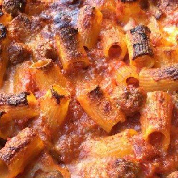 Πέννες στο φούρνο με κιμά και ποικιλία τυριών…!!!