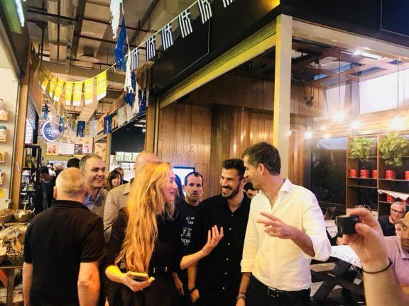 Κώστας Μπακογιάννης – Άκης Πετρετζίκης: Η αναπάντεχη συνάντηση στο Ισραήλ