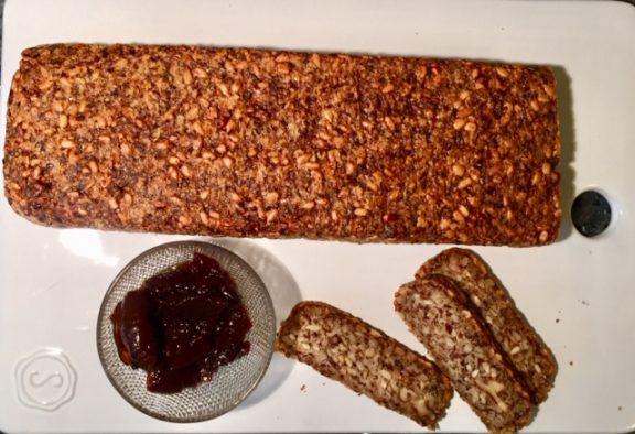 Ψωμί χωρις αλεύρι, της Λεονί Σταφυλά