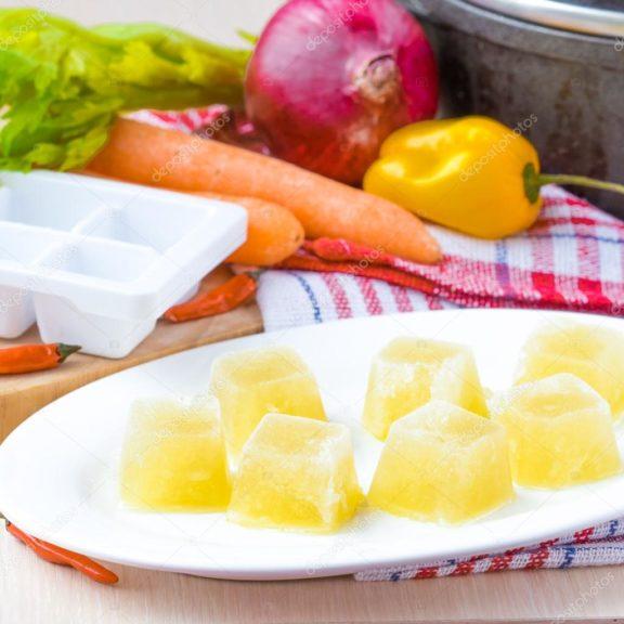 Φτιάχνουμε σπιτικούς κύβους λαχανικών – κρεατικών – κοτόπουλου