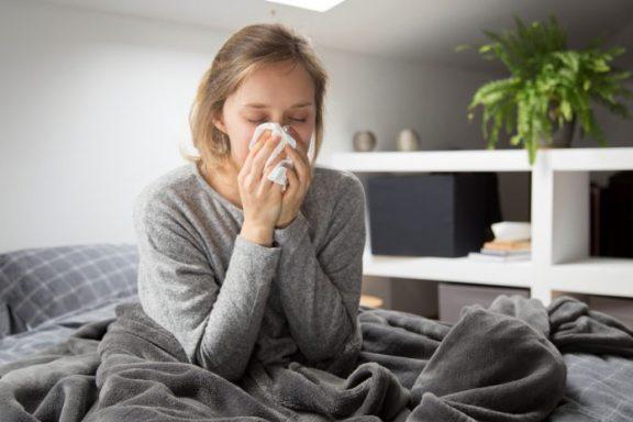 Γρίπη και Λοιμώξεις: Ποιά είναι η σωτήρια κίνηση για να μειώσετε τις πιθανότητες να νοσήσετε