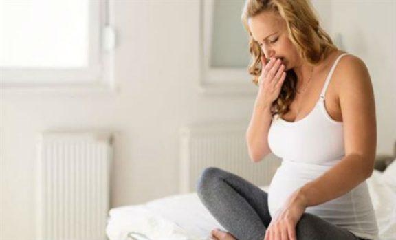 Ποιους κινδύνους κρύβουν για τις εγκύους οι διατροφικές διαταραχές