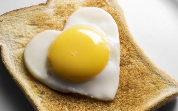 Πέντε λόγοι που τα αυγά κάνουν καλό στην υγεία μας ( και πιθανότατα δεν τους γνωρίζετε )