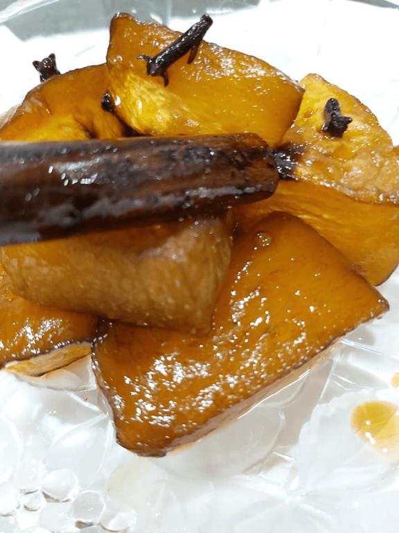 Κολοκύθα στο φούρνο με Κουμανταρια η Μαυροδάφνη, από την Helena's Greek Cooking