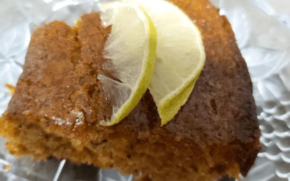 Κέικ λεμονιού χωρίς βούτυρο, αυγά, και ζάχαρη, από το Helena's Greek Cooking