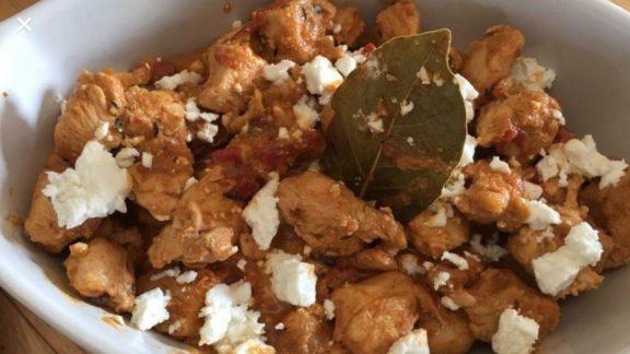 Τηγανιά κοτόπουλο με φέτα
