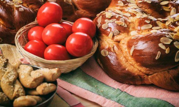 Προλαβαίνετε : Τα καλύτερα τσουρέκια της Αννούλας, της Αγγελικής Γυπάκη