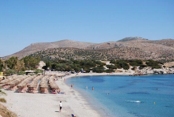 Οι 19 παραλίες της Αττικής με γαλάζια σημαία. «Γαλάζια σημαία» σε 497 ελληνικές παραλίες, 14 μαρίνες και 6 τουριστικά σκάφη
